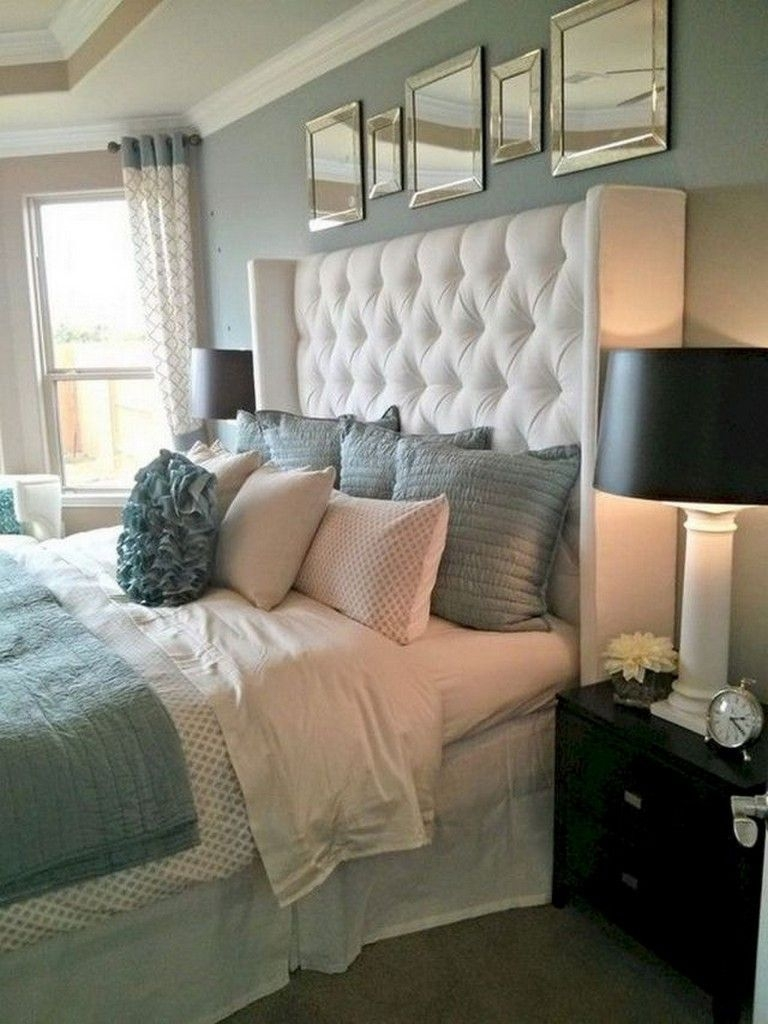 Brilliant Small Master Bedroom Ideas11