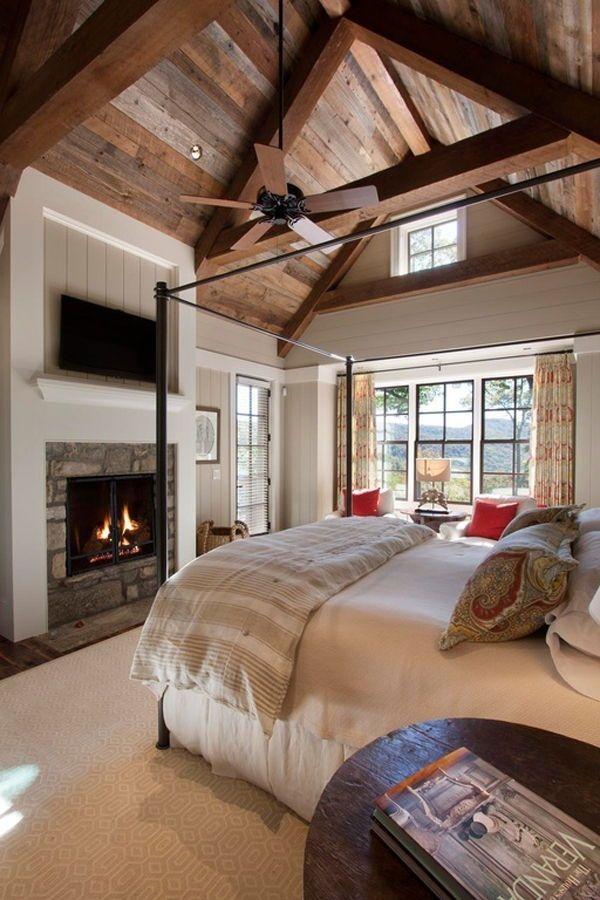 Brilliant Small Master Bedroom Ideas17