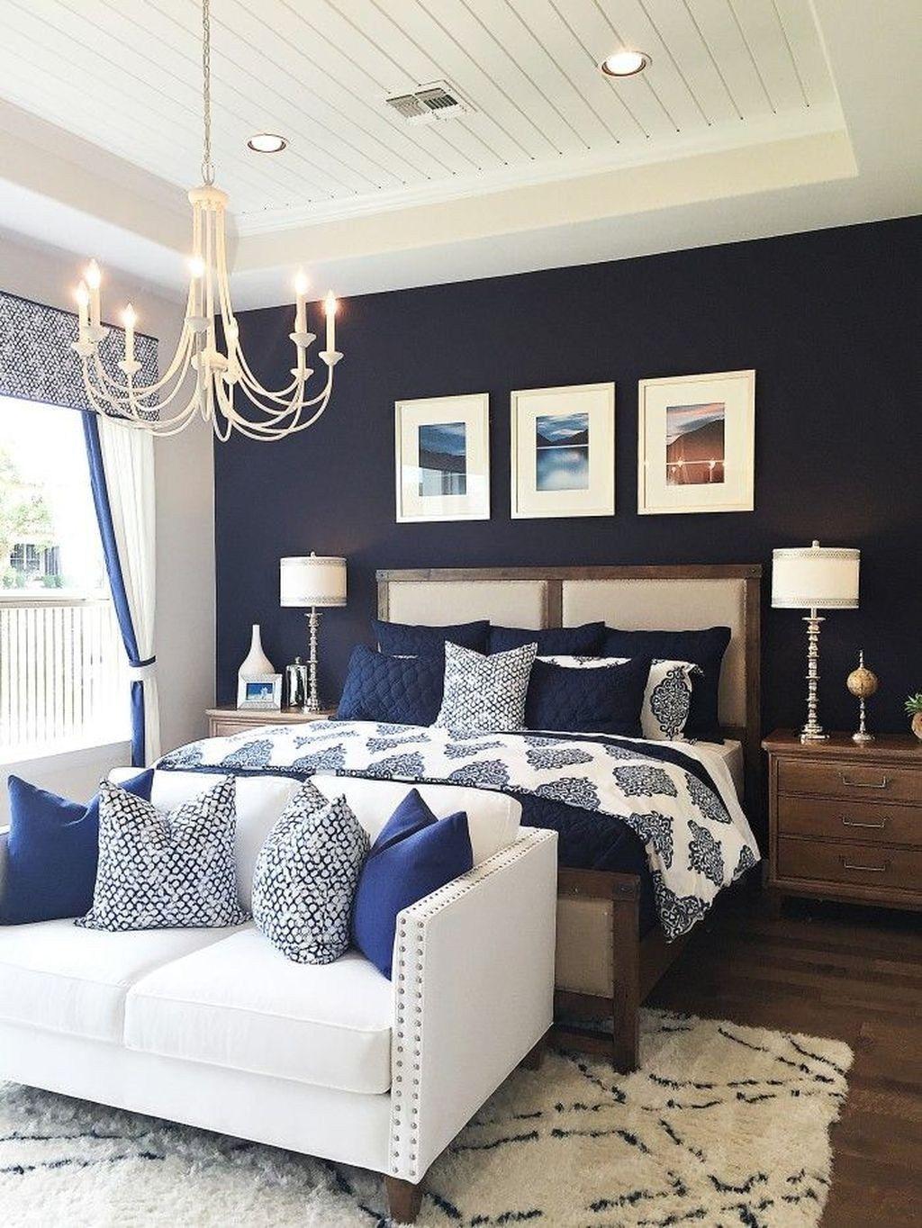 Brilliant Small Master Bedroom Ideas29