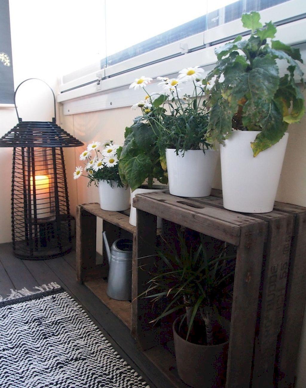 Enchanting Apartment Balcony Decorating Ideas17