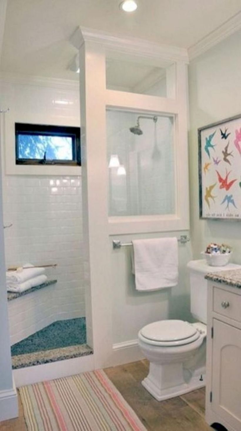 Incredible Small Bathroom Remodel Ideas07