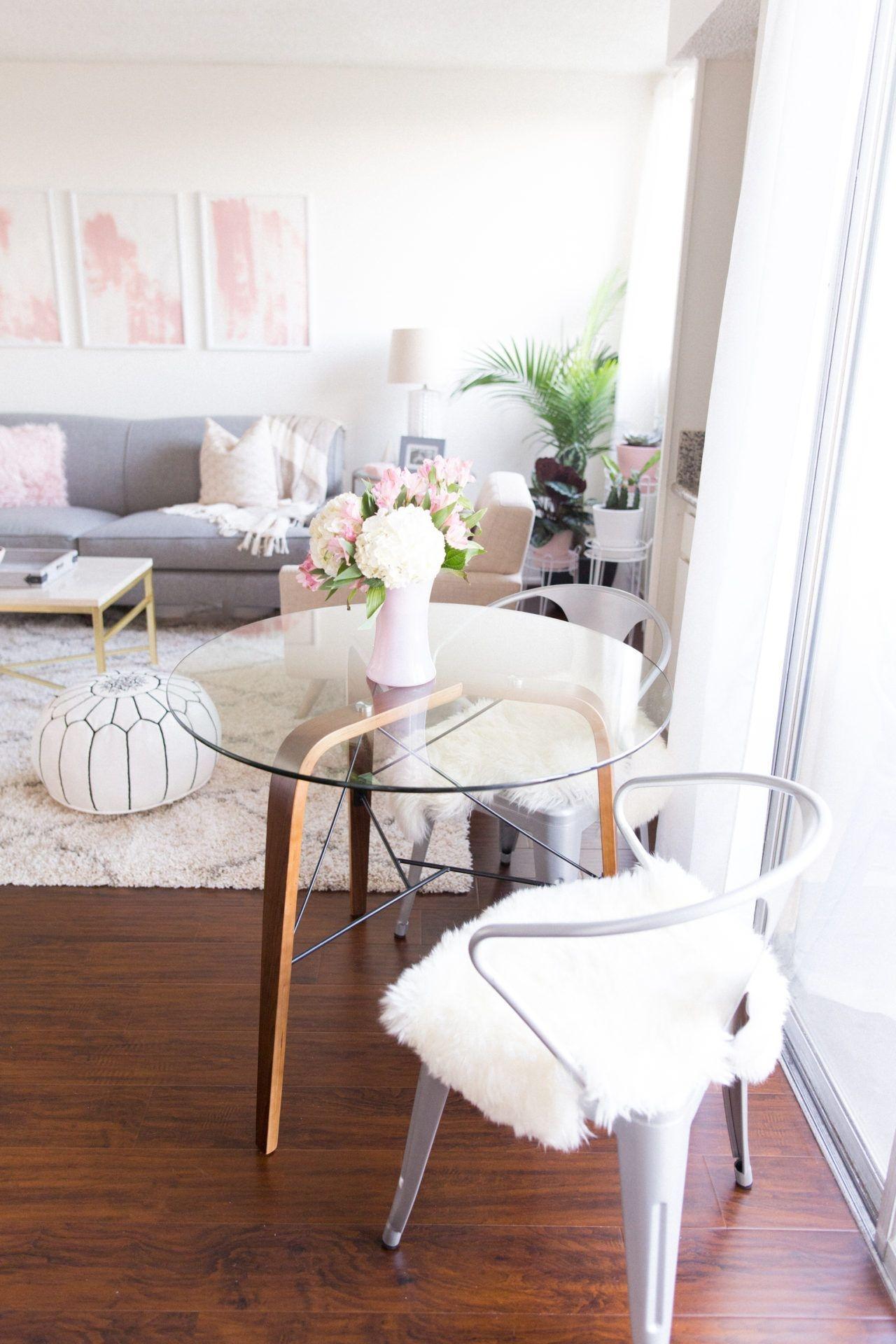 Inexpensive Apartment Studio Decorating Ideas31