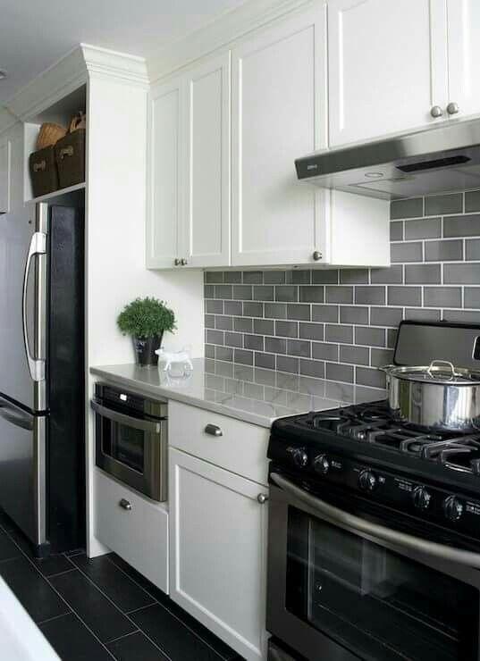 Latest Kitchen Backsplash Tile Ideas22