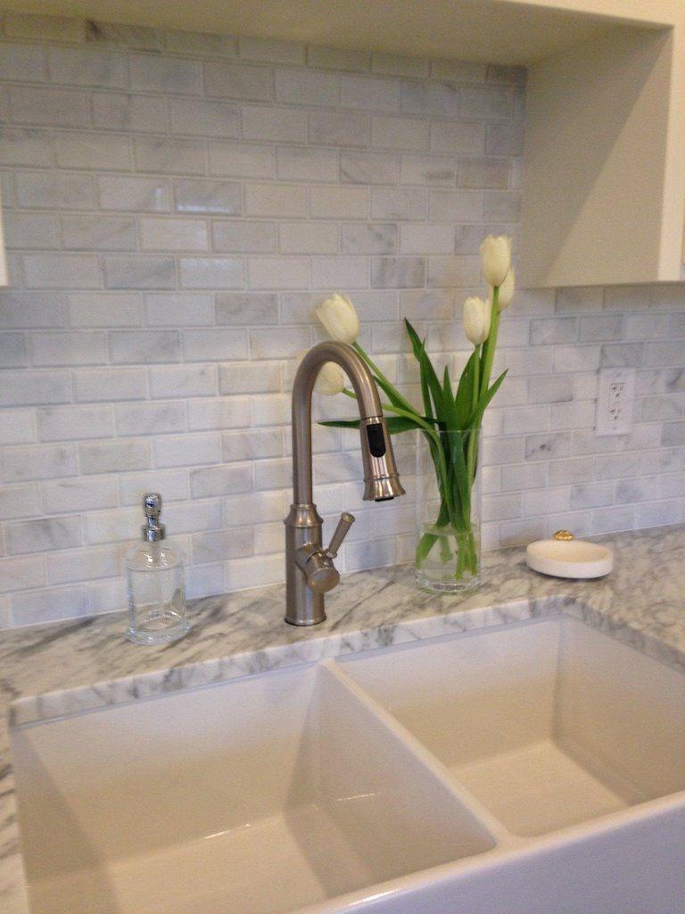 Latest Kitchen Backsplash Tile Ideas24