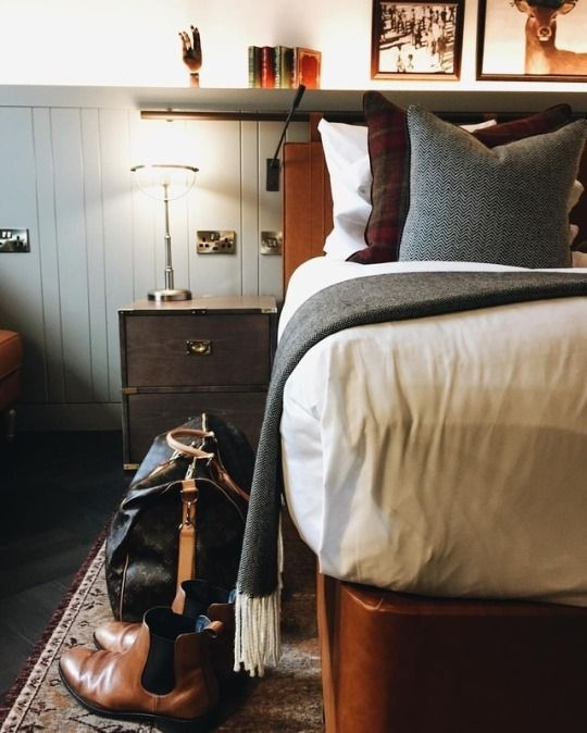 Lovely Masculine Boho Bedroom Designs13