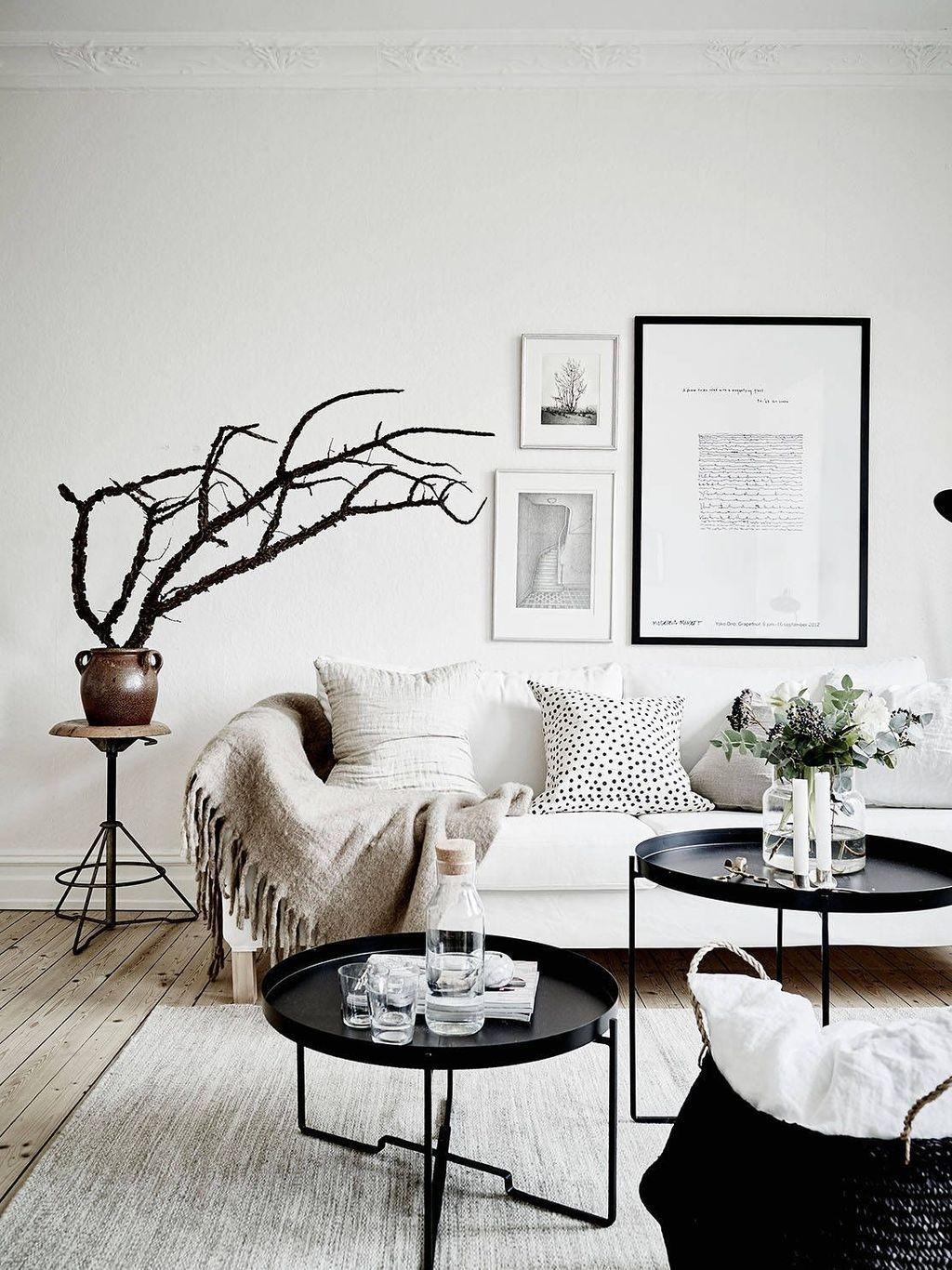 Perfect Scandinavian Living Room Design Ideas05