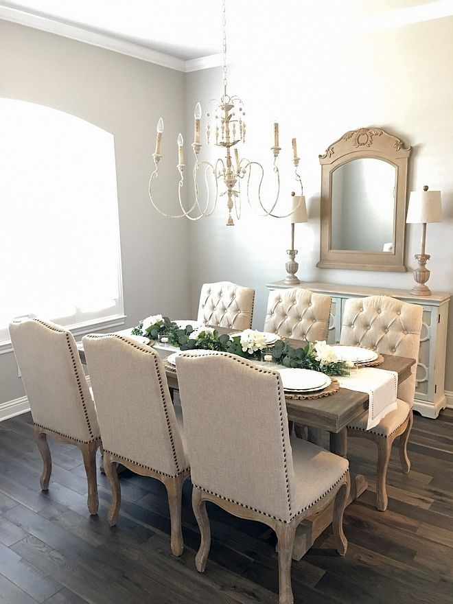 Pretty French Country Living Room Design Ideas02