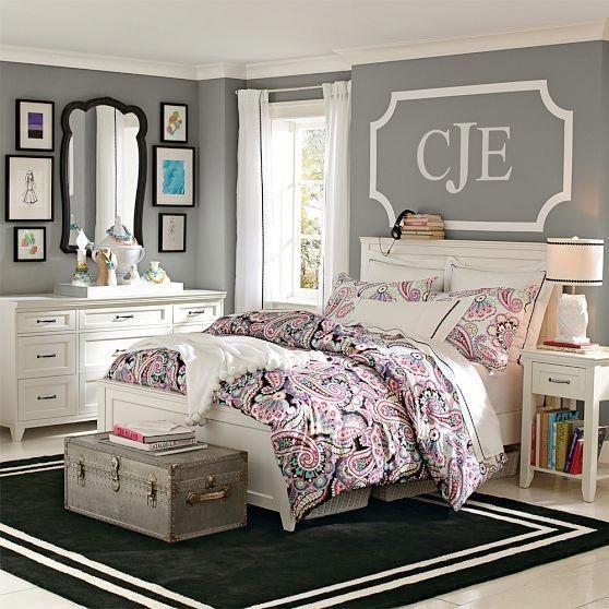 Simple Bedroom Designs Ideas14