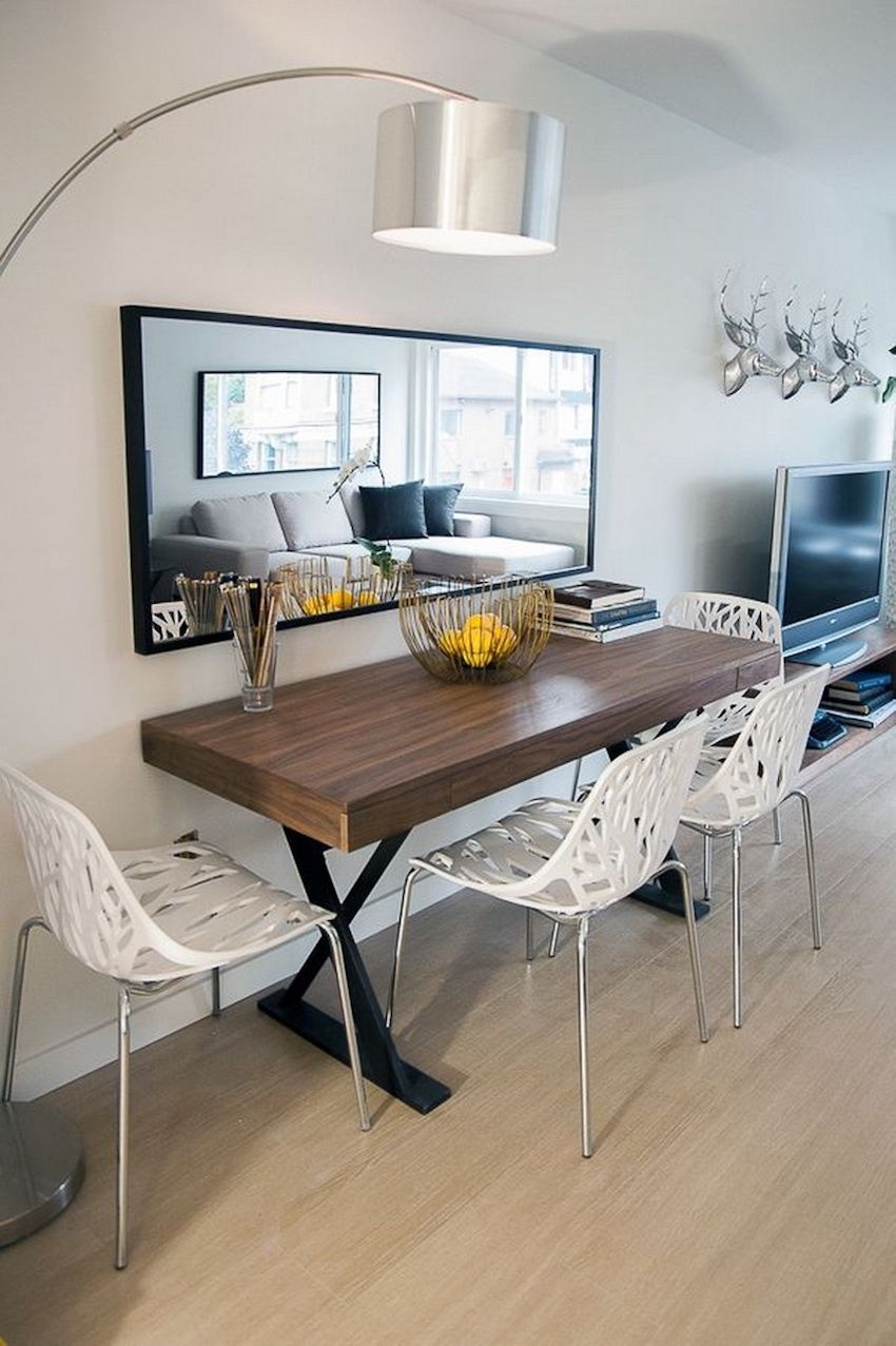 Stunning Small Dining Room Table Ideas18