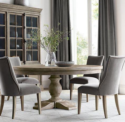 Stunning Small Dining Room Table Ideas32
