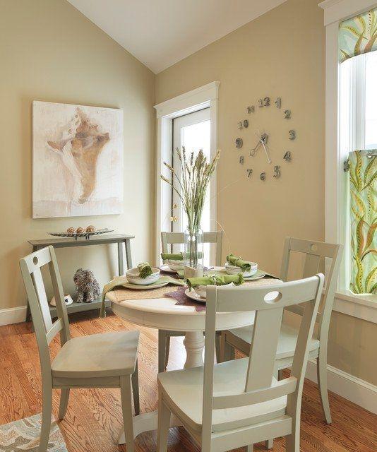 Stunning Small Dining Room Table Ideas44