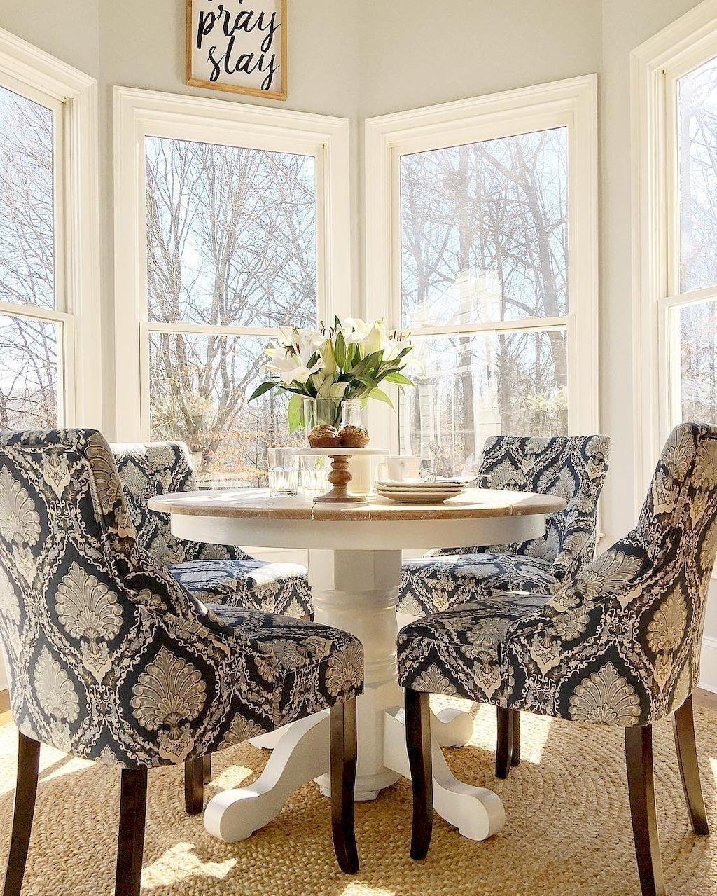Stunning Small Dining Room Table Ideas45