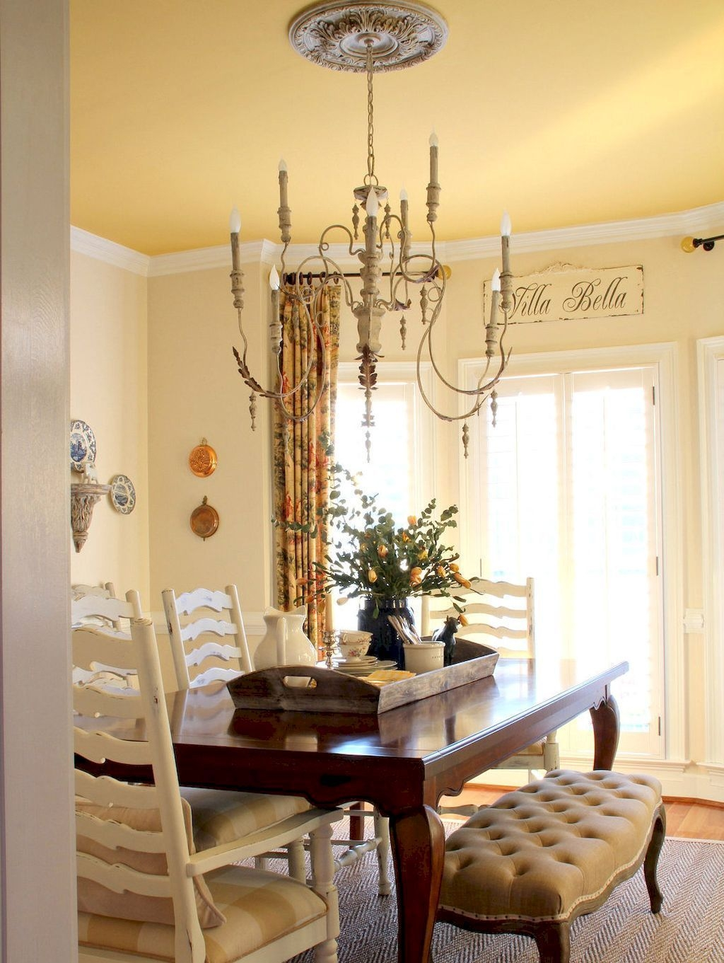 Wonderful French Country Dining Room Table Decor Ideas01
