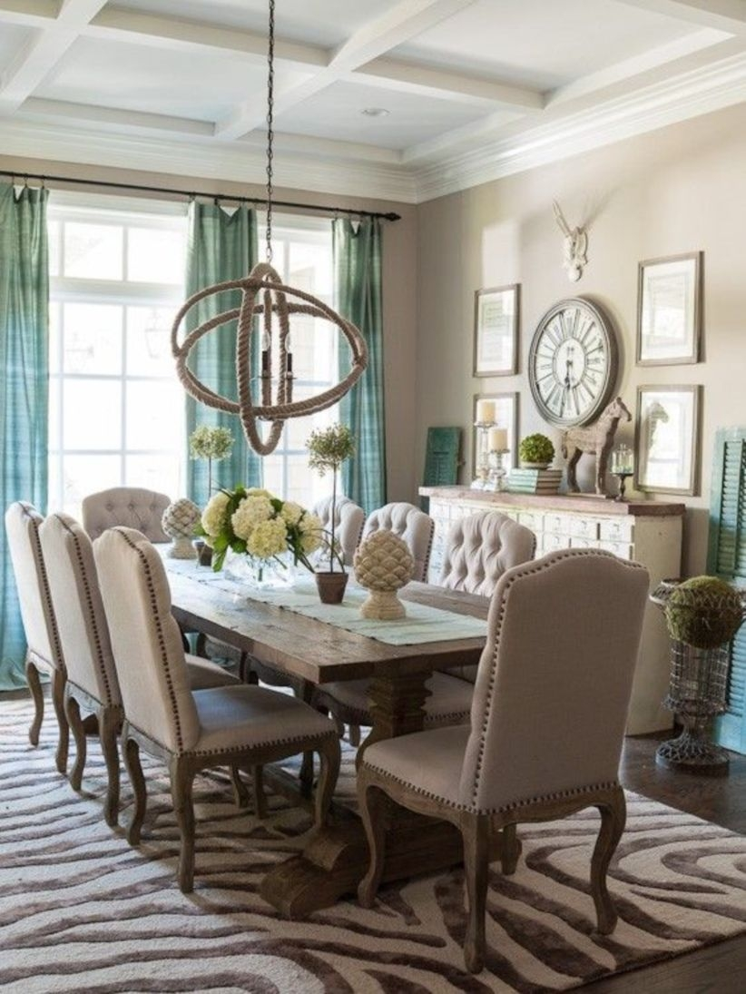 Wonderful French Country Dining Room Table Decor Ideas07
