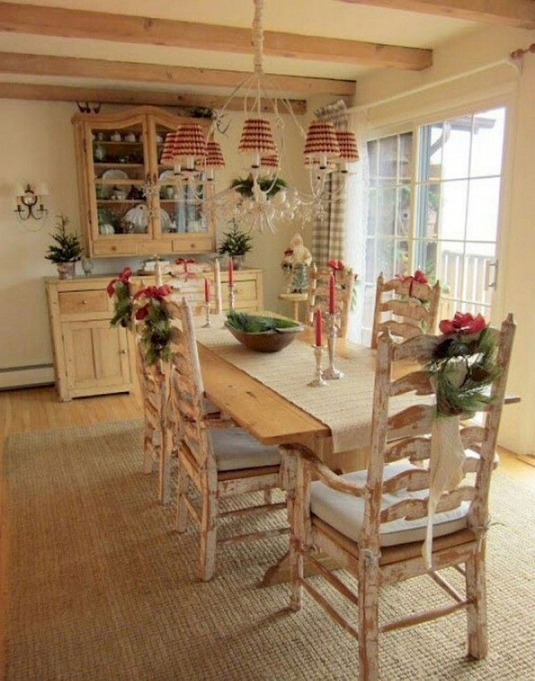 Wonderful French Country Dining Room Table Decor Ideas19