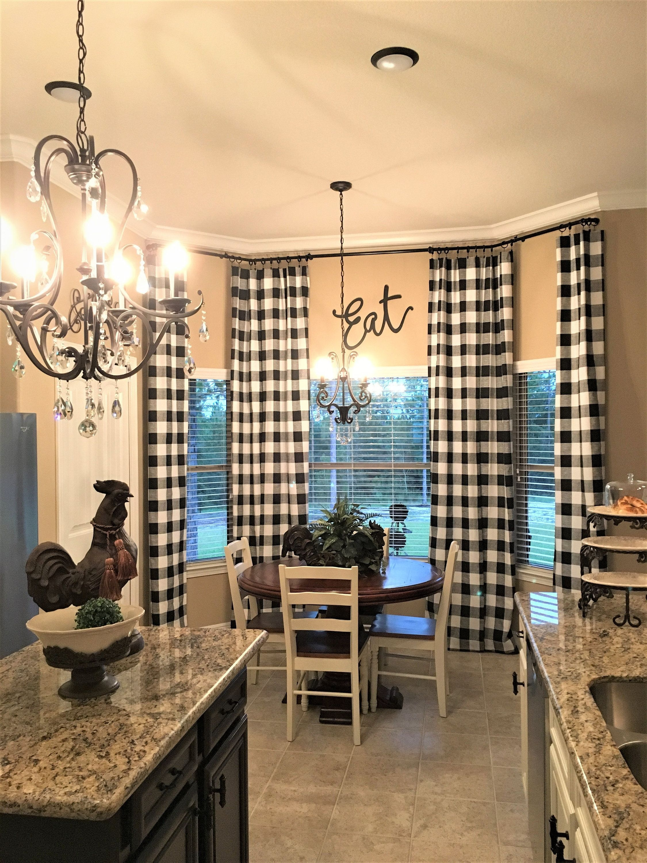 Wonderful French Country Dining Room Table Decor Ideas25
