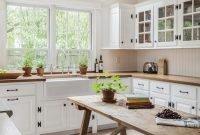 Beautiful Farmhouse Kitchen Table Design Ideas41