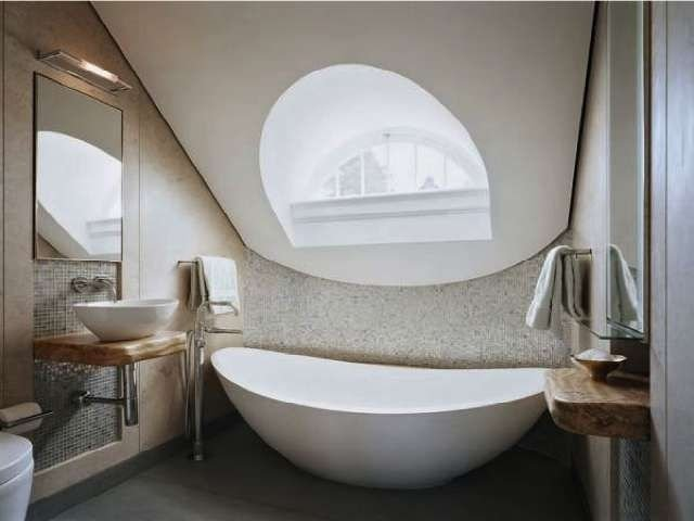 Fascinating Small Attic Bathroom Design Ideas01