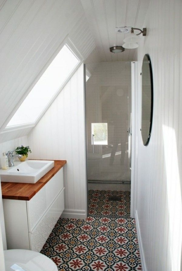 Fascinating Small Attic Bathroom Design Ideas13