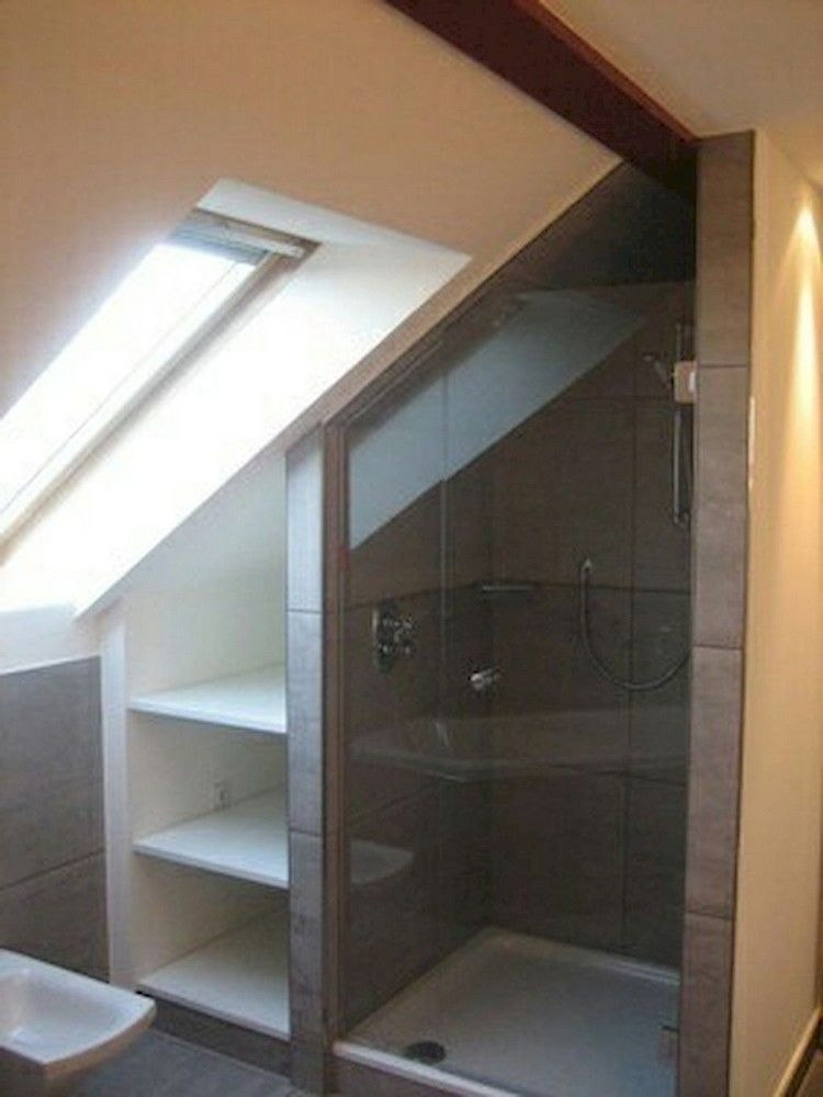 Fascinating Small Attic Bathroom Design Ideas43