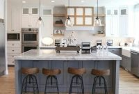 Fabulous Kitchen Decoration Design Ideas With Farmhouse Style38