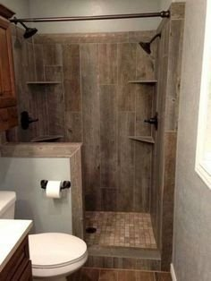 Outstanding Bathroom Makeovers Ideas For Small Space21