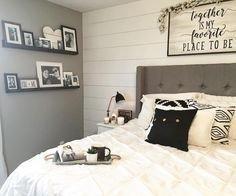 Smart Bedroom Decor Ideas With Farmhouse Style41