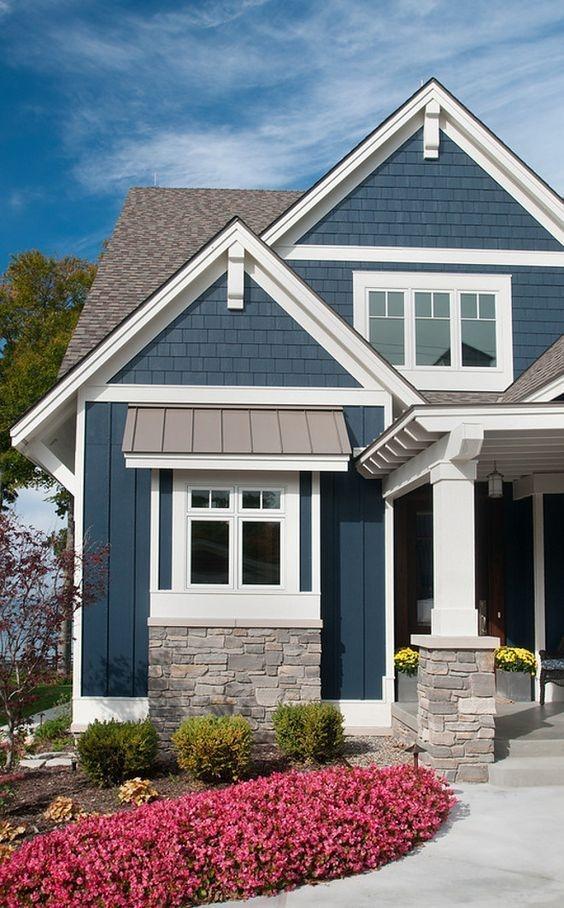 Wonderful Beach House Exterior Color Ideas43