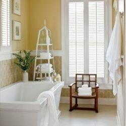 Wonderful Yellow And White Bathroom Ideas11