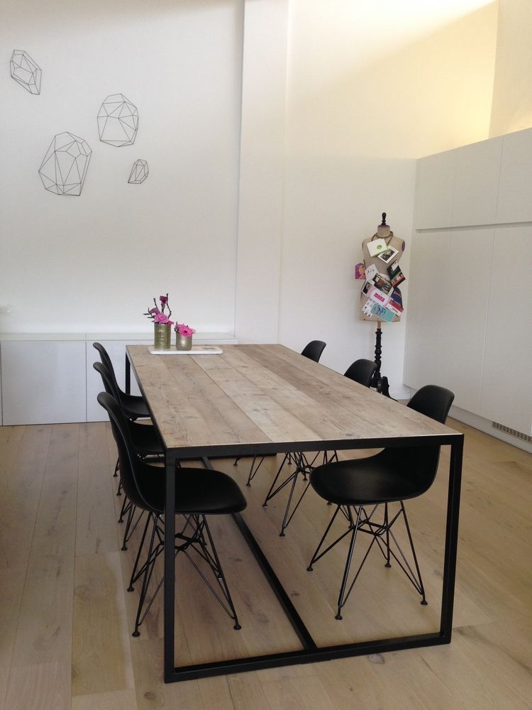 Interesting Dinning Table Design Ideas For Small Room26