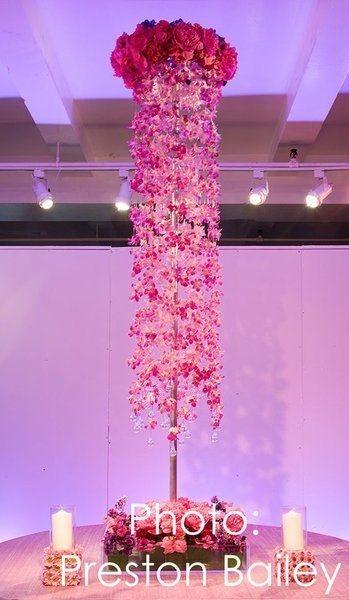 Lovely Window Design Ideas With Vase Flower Ornament19