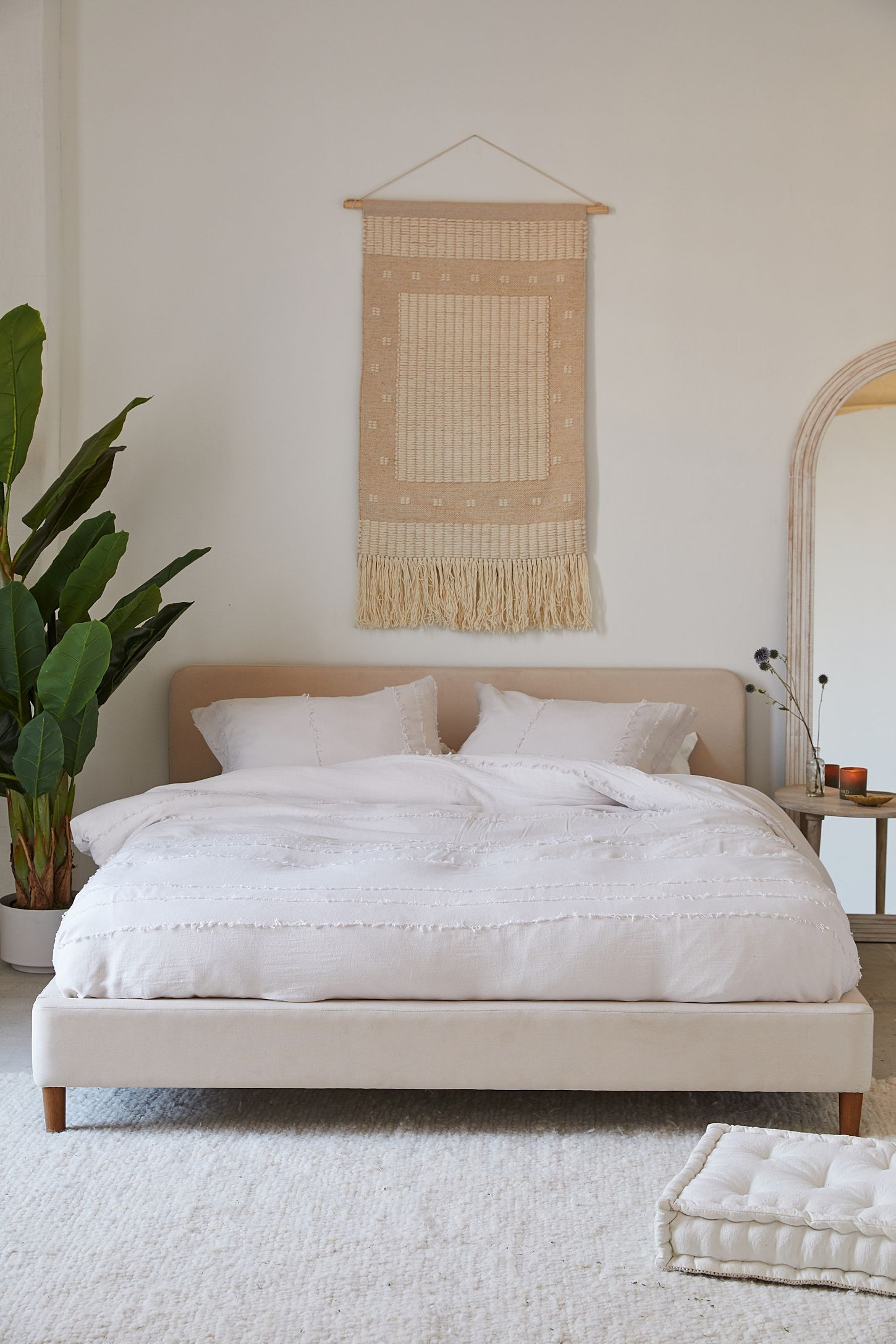 Amazing Headboard Design Ideas For Beds That Look Great02