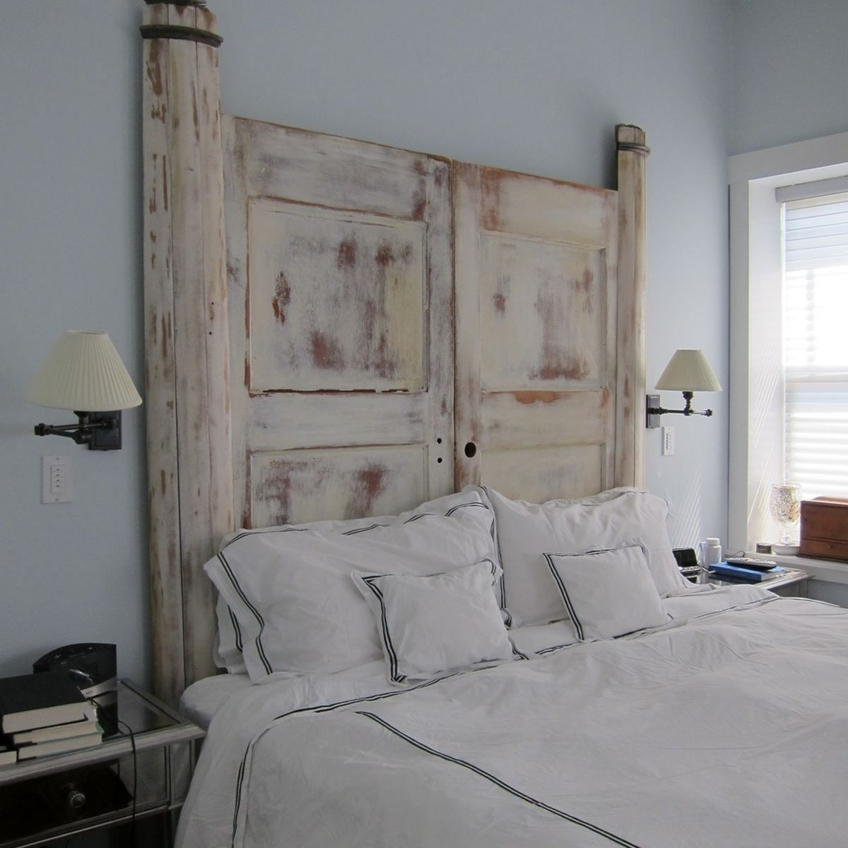 Amazing Headboard Design Ideas For Beds That Look Great13