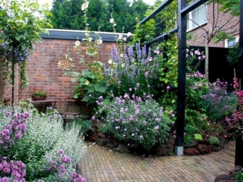 Cute Garden Design Ideas For Small Area To Try09