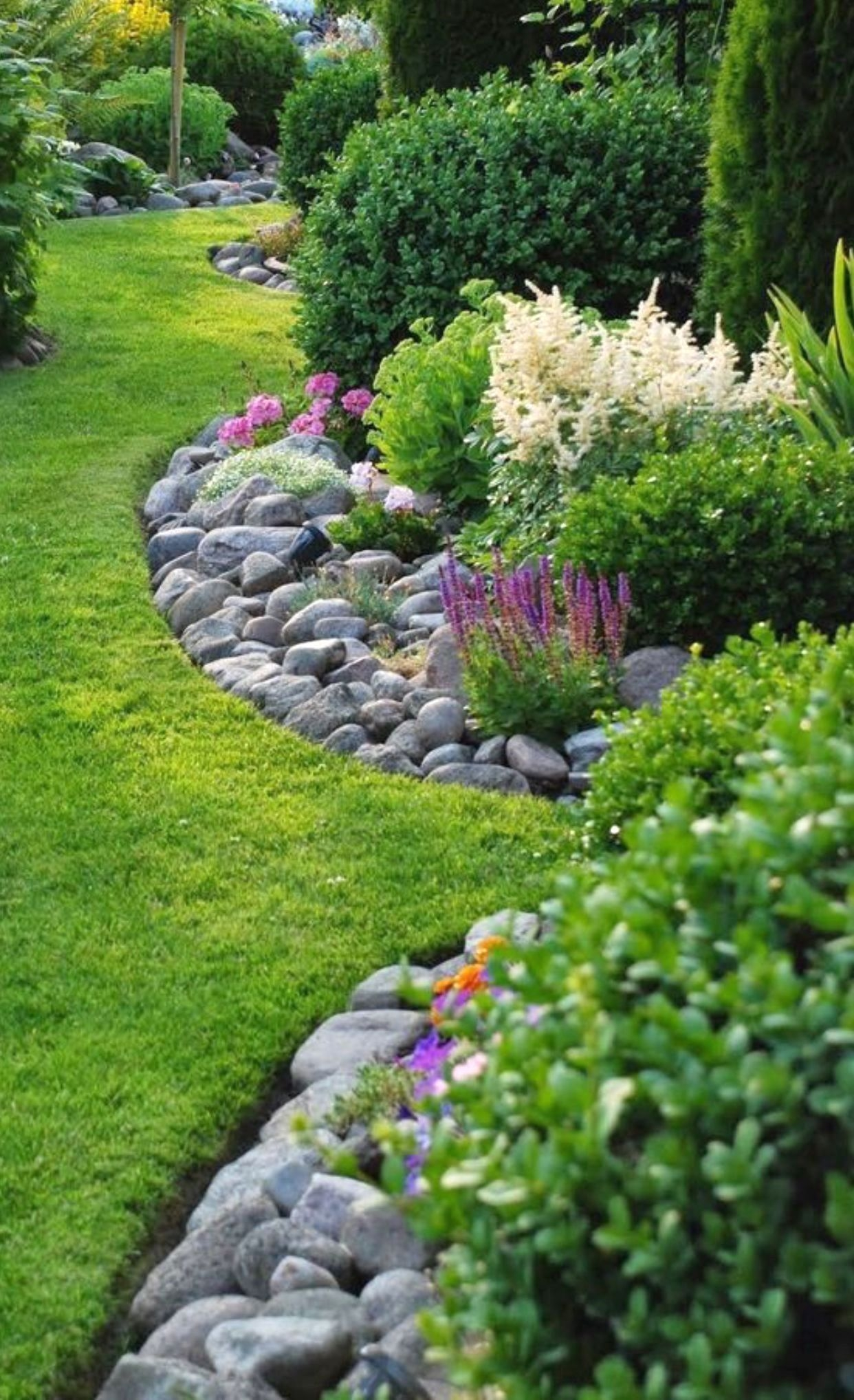 Cute Garden Design Ideas For Small Area To Try32