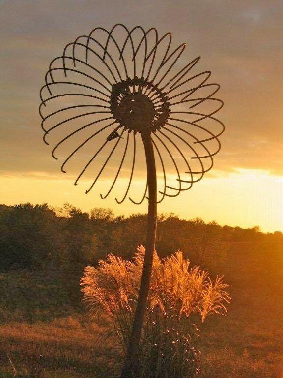 Inspiring Outdoor Metal Design Ideas For Garden Art You Must Try17