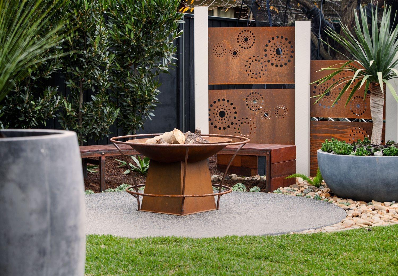 Inspiring Outdoor Metal Design Ideas For Garden Art You Must Try29