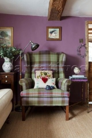 Modern Living Room Ideas With Purple Color Schemes12