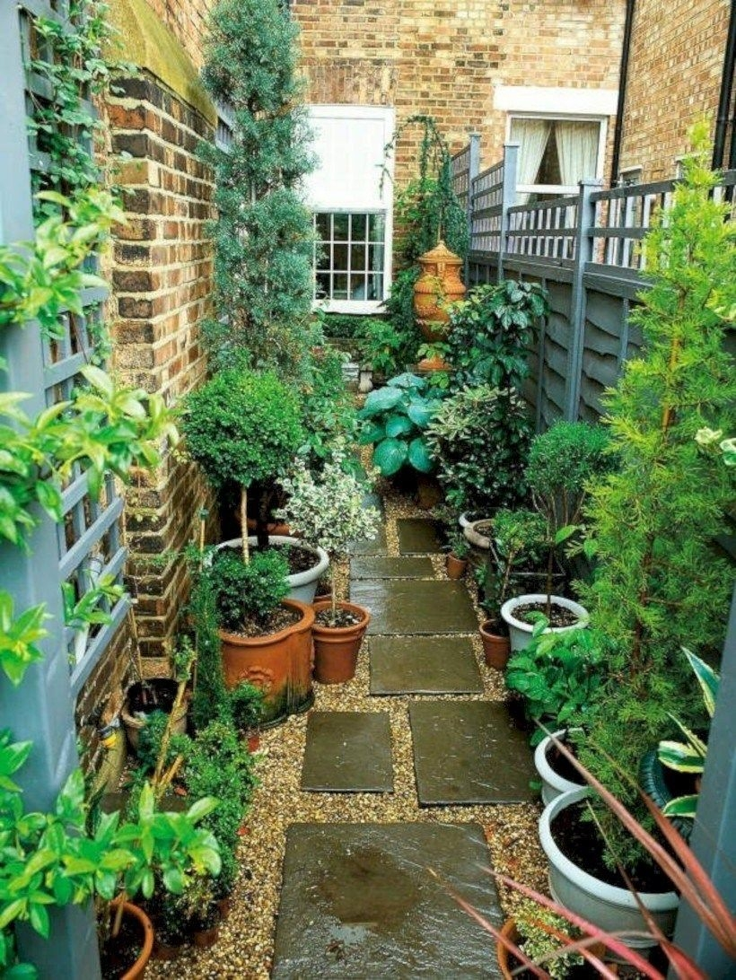 Modern Small Garden Design Ideas That Is Still Beautiful To See17