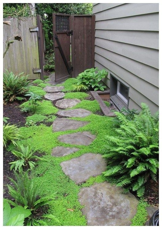 Modern Small Garden Design Ideas That Is Still Beautiful To See37