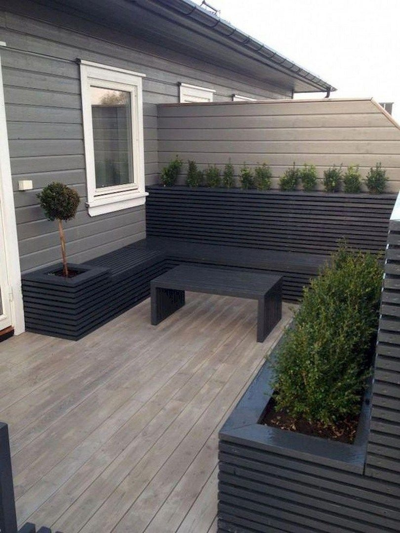 Modern Small Garden Design Ideas That Is Still Beautiful To See40