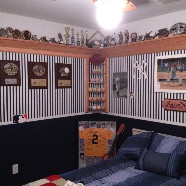 Newest Corner Shelves Design Ideas For Home Decor Looks Beautiful06