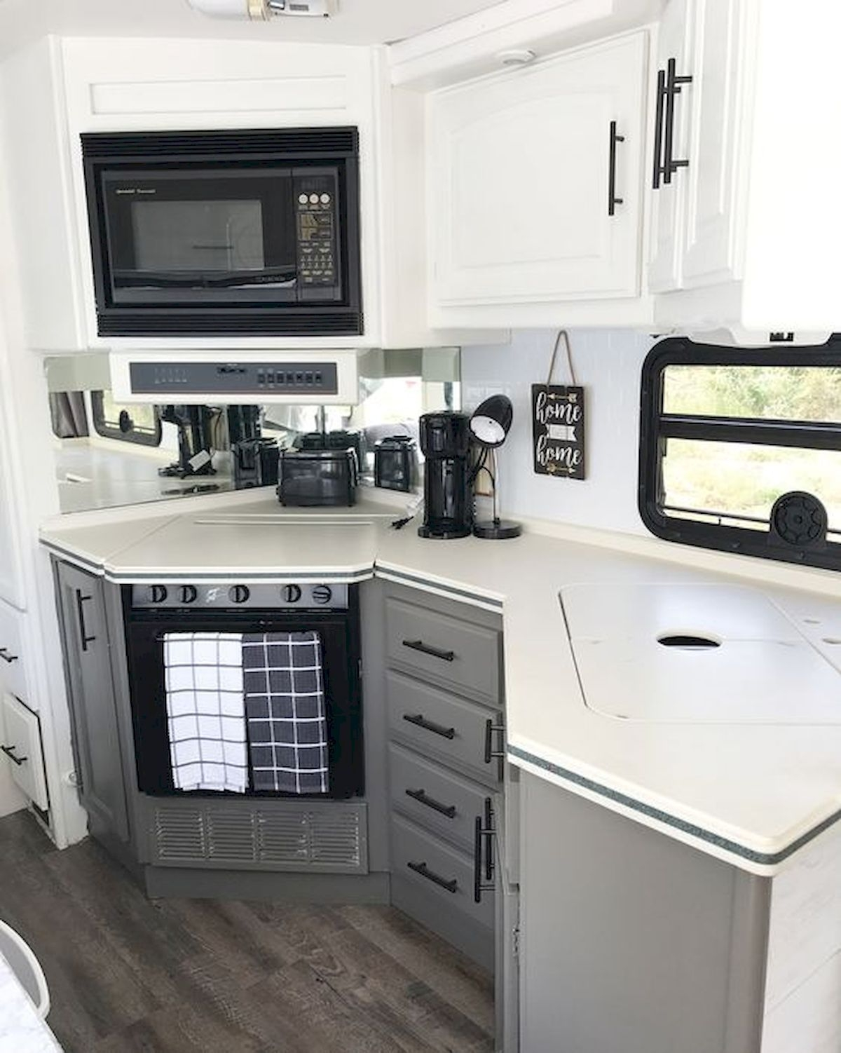 Awesome Rv Design Ideas That Looks Cool27