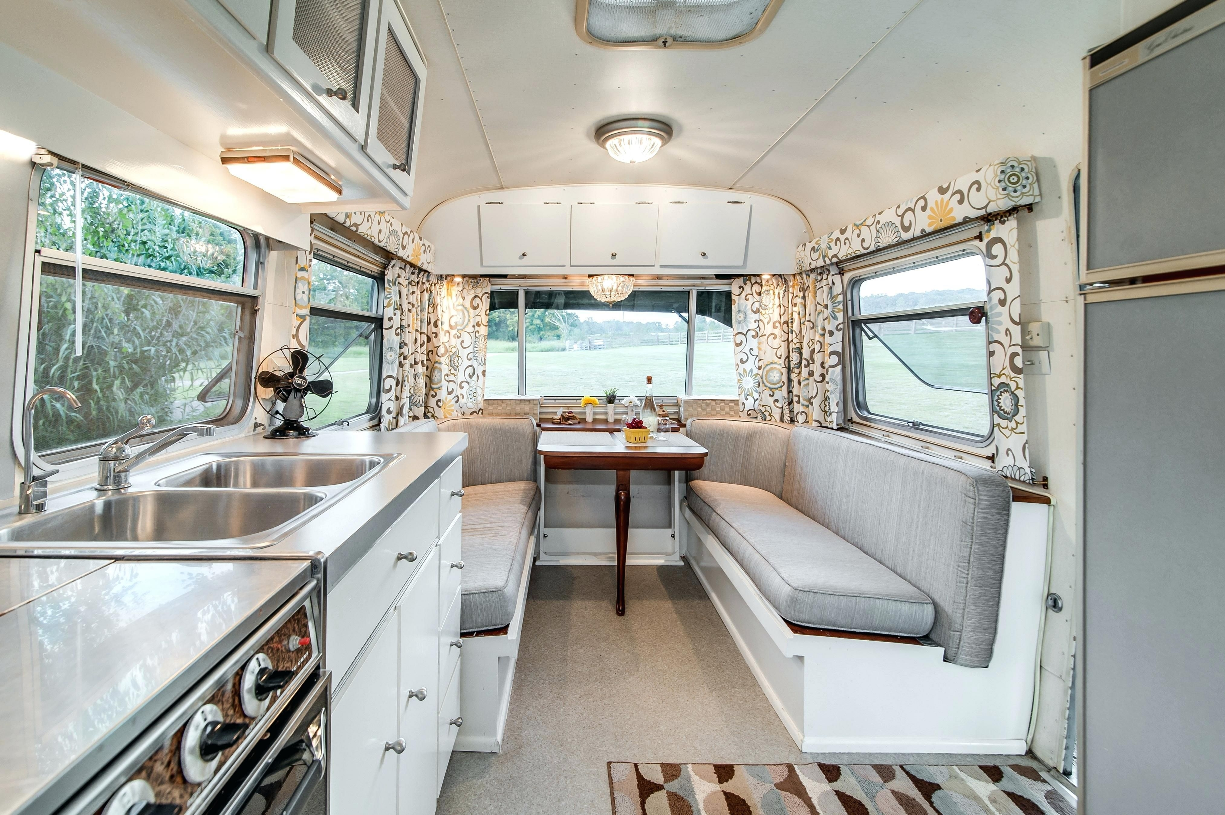 Awesome Rv Design Ideas That Looks Cool44