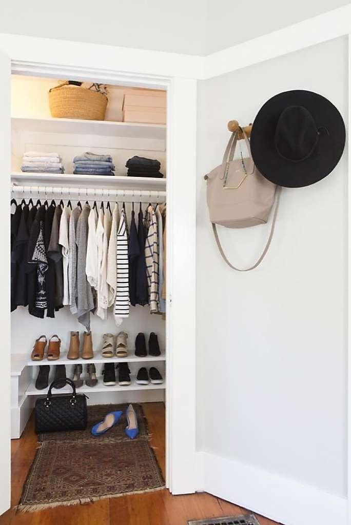 Best Minimalist Walk Closets Design Ideas For You06