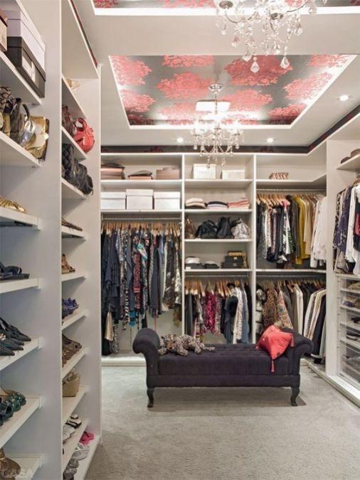 Best Minimalist Walk Closets Design Ideas For You37