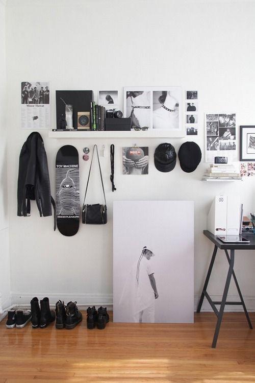 Best Minimalist Walk Closets Design Ideas For You41