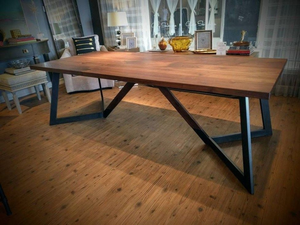 Charming Diy Wooden Dining Table Design Ideas For You30