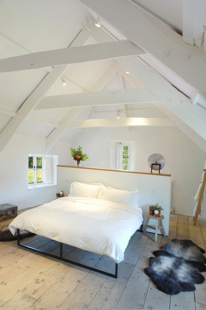 Fabulous Attic Design Ideas To Try This Year24