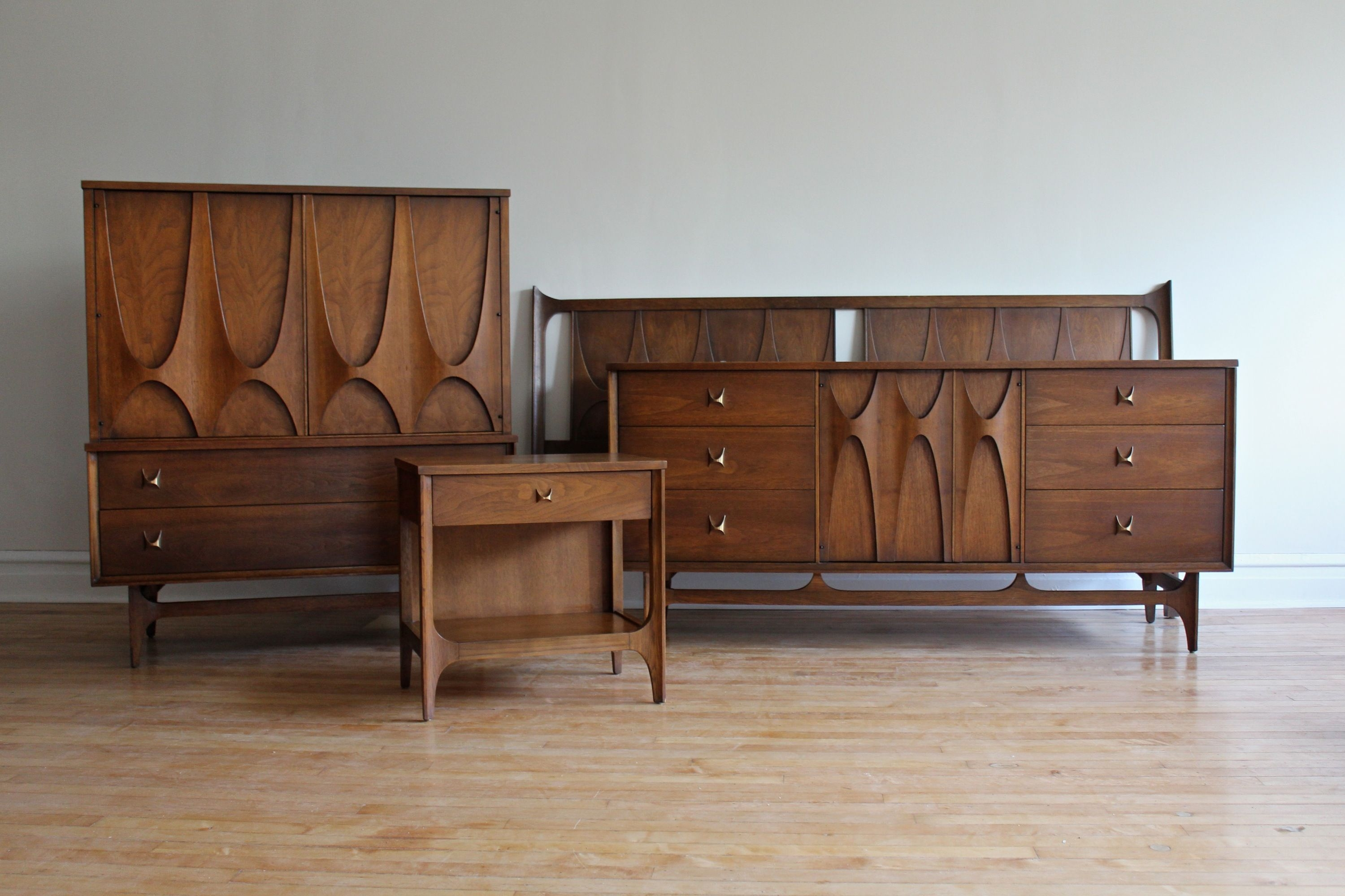 Inspiring Mid Century Furniture Ideas To Try28